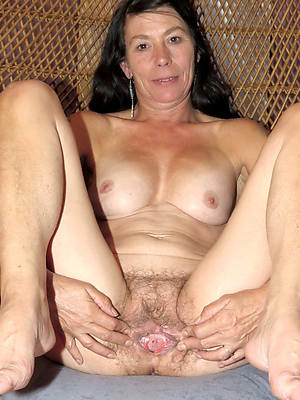 venerable vulva see thru