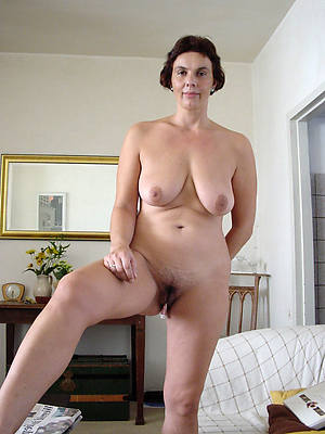 free porn pics of grown up white milf