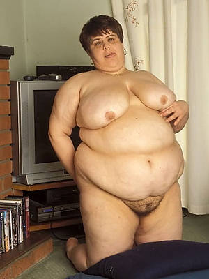 naked thick mature legs pics