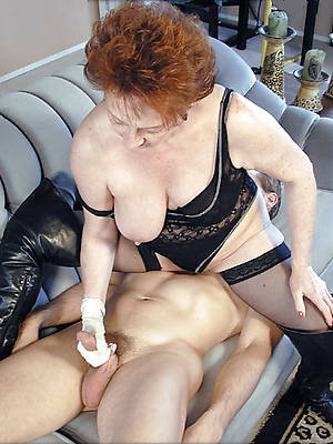 nasty mature old lady gives handjob