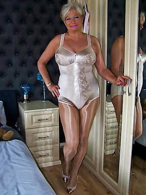 beautiful nude old mature ladies sex pics