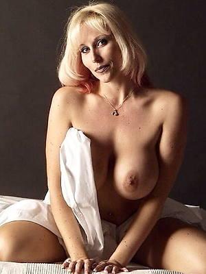 naked pics of mature porn models