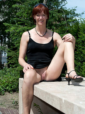 naughty mature upskirt porn pictures