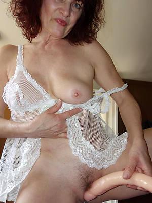 free sexy mature women pics