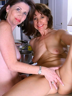milf grown-up lesbians pics