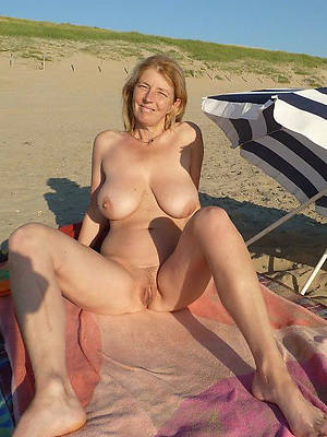 unconforming pics of beautiful matures on the seaside