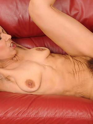 free pics of sex yon mature women