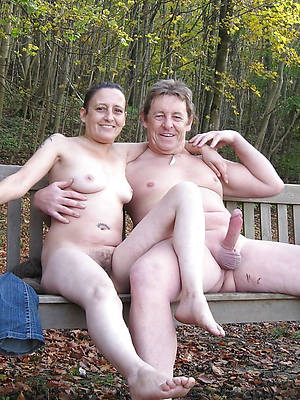homemade matured couple displaying pussy