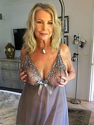 free pics of beautiful mature nipper in lingerie