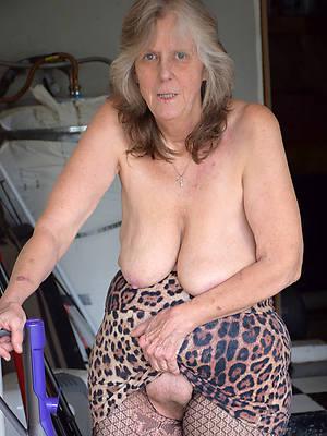 nasty mature granny pussy photos