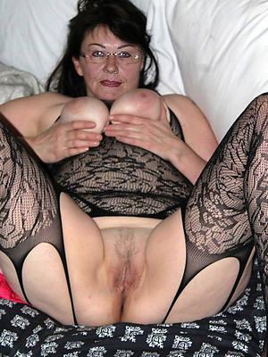 free pics of hot mature singles