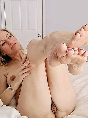 venerable mature feet naked amateur gallery