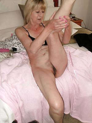 nasty of age milf legs hot pics