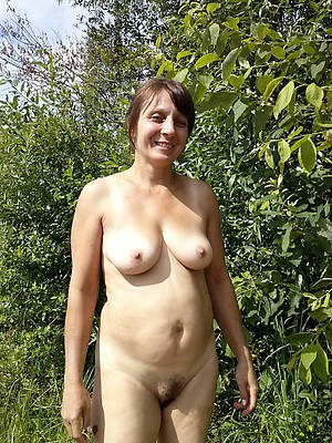 horny natural mature pussy pics
