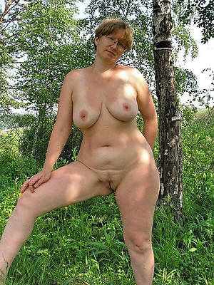 natural matures pictures
