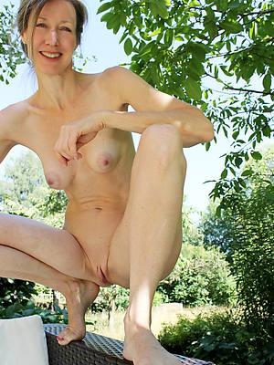 elegant sexy skinny mature women pics