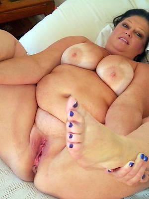 amateur mature women bbw gallery
