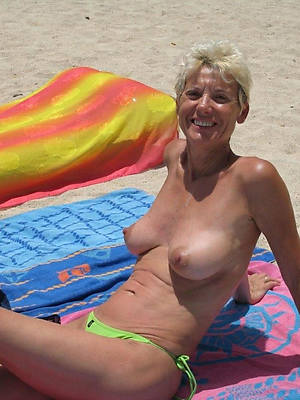 mature on denuded beach sex pics