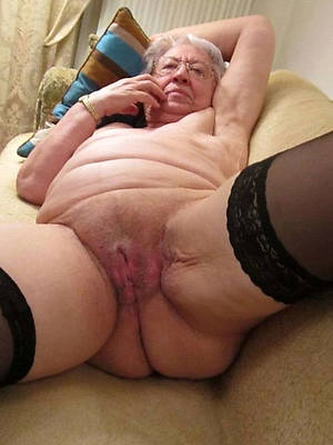 free pics of unclothed old grandma