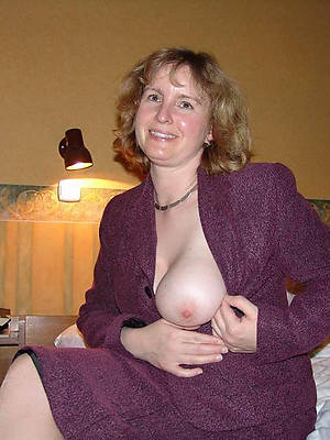 elegant sexy mature pussy heart of hearts nude pictures