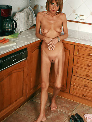naked pics of mature skinny pussy