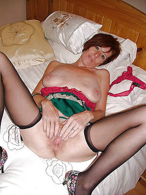 naked pics of mature horny woman