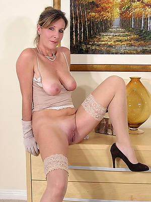 erotic nude mature women