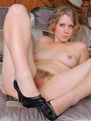 beautiful grown up naked legs porn