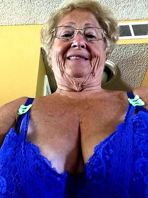 hot mature milf 60 look at thru