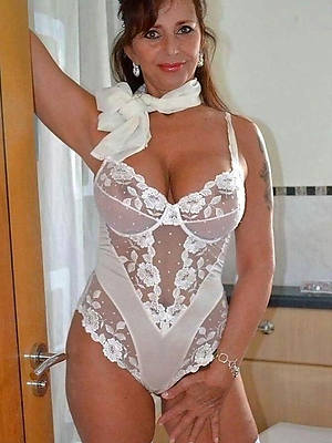 beautiful mature porn lingerie