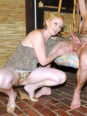 amateur free mature couples nude pics