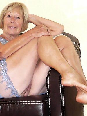 naked pics of mature granny sluts