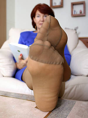beautiful mature sex in pantyhose pics