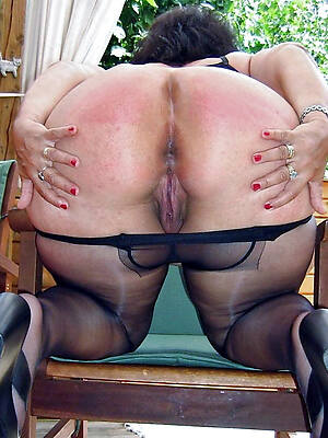 sexy old women in pantyhose pictures