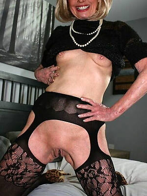 petite uncover unsullied old ladies pics