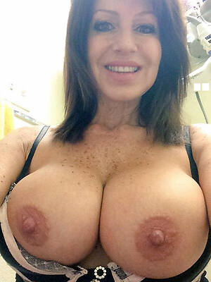 sexy experienced selfshot nude pics