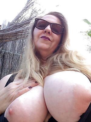 big mature amateur tits sex pics