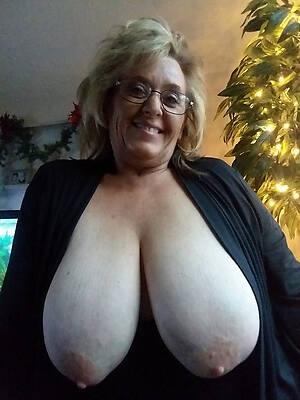 free mature big tit milfs porn