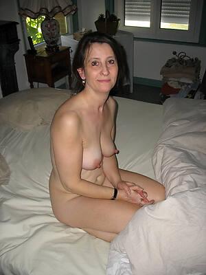 beautiful naked mature girlfriend galleries