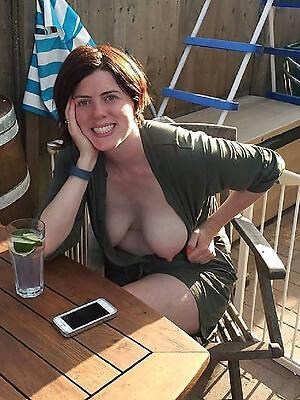 horny mature girlfriend nude pics