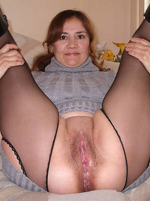 hairy mature cunts stripping