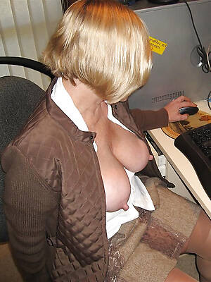 naked pics be beneficial to elder statesman mature wife