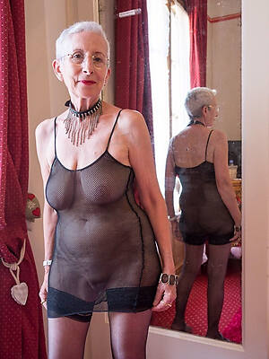 free mature granny tits pictures