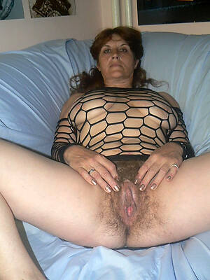 free pics of mature straight cunt