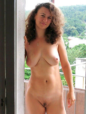 naked wet 30 plus mature displaying say no to pussy