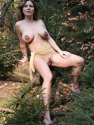 hot low-spirited mature solo pics