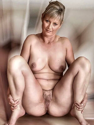 honcho erotic matured pussy amateur pics