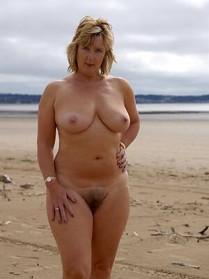 hot crestfallen mature on nude lido