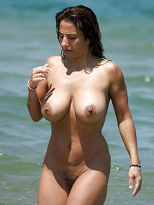 grown up beach boobs pictures