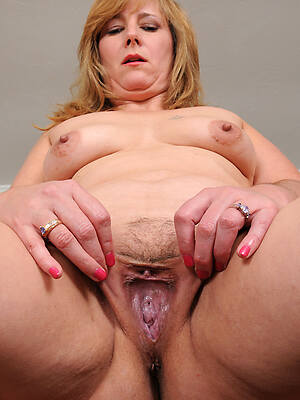 free pics of sexy accustom oneself to anent mature pussy